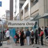 Runners only - everyone else: behind the fence!